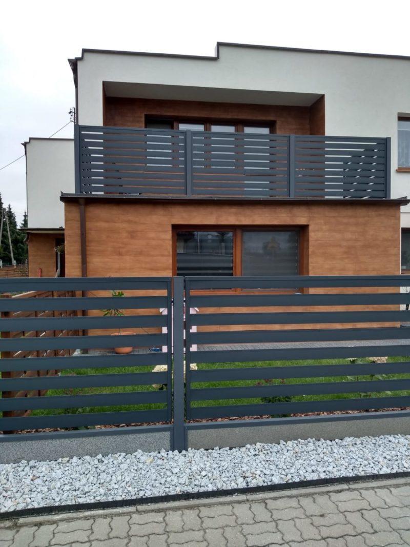 ogrodzenie palisadowe nowoczesne antracytowe realizacja 3 marciniak ogrodzenia